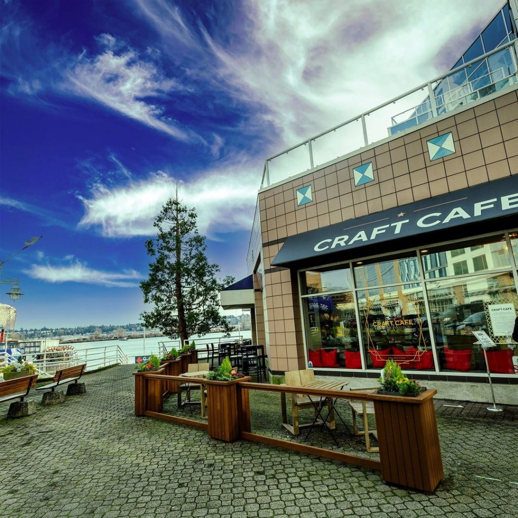 An outdoor patio and restaurant